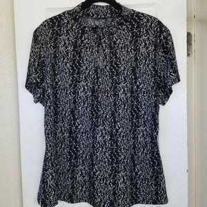 Mock neck floral shirt w/keyhole detail XL EUC